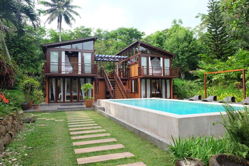 The Hillside Villa and Pool