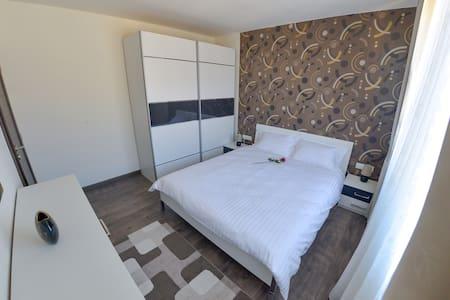 AnYa Apartment Sibiu - Sibiu - Leilighet