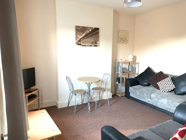 Key Worker Accommodation - Cavendish St - 3 Bed