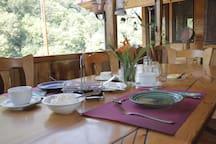 Breakfast at Daravand
