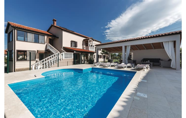 Holiday house in charming Istrian village