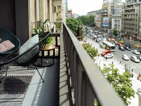 Great Views Apartment in Piata Romana