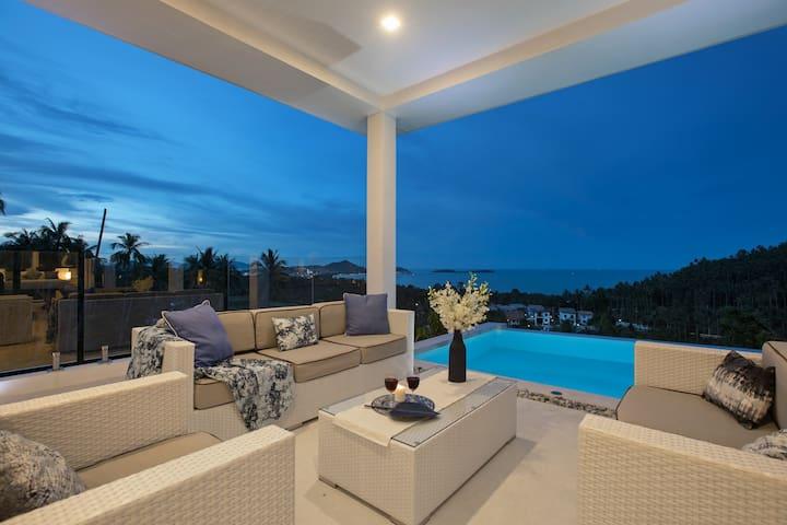 Amazing 3 bedroom villa- Chef Service