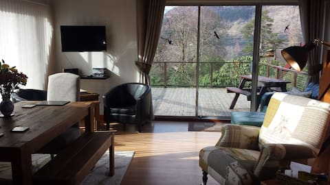 Cluanie Lodge - Three bedroom lodge in the heart of the Highlands