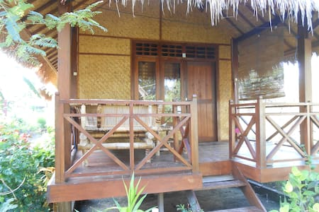 Bintang Beach Bungalows - Standard Room With AC 03 - Pemenang