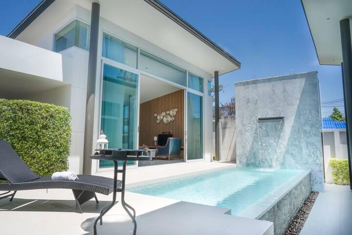 Tarton Bou Pool Villa