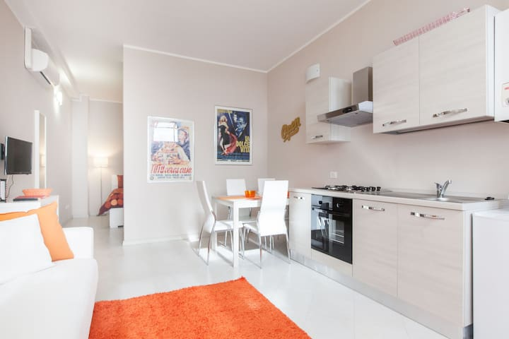 Mecenate Apartment - Mediolan - Apartament