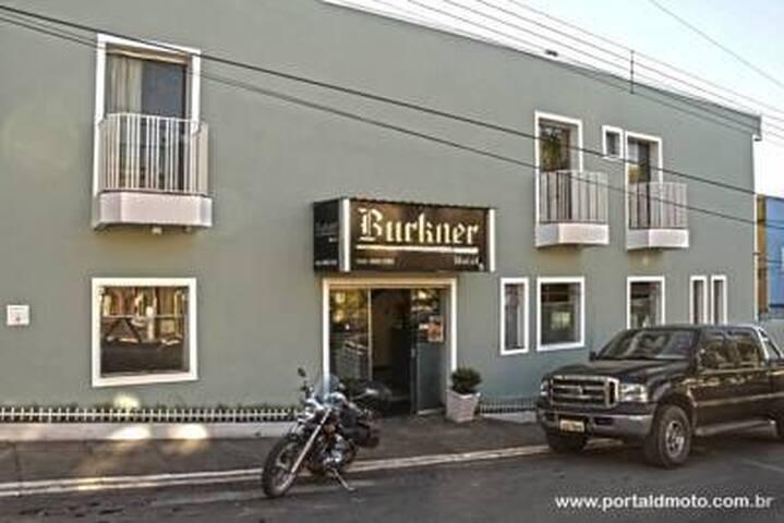 Burkner Hotel Tradição e Qualidade