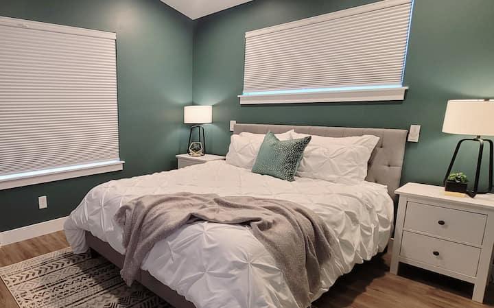 Brand New Sloan's Lake 1 Bedroom w/ Rooftop
