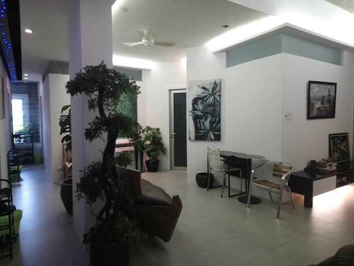1+* Private Room @ City Center, next to MRT