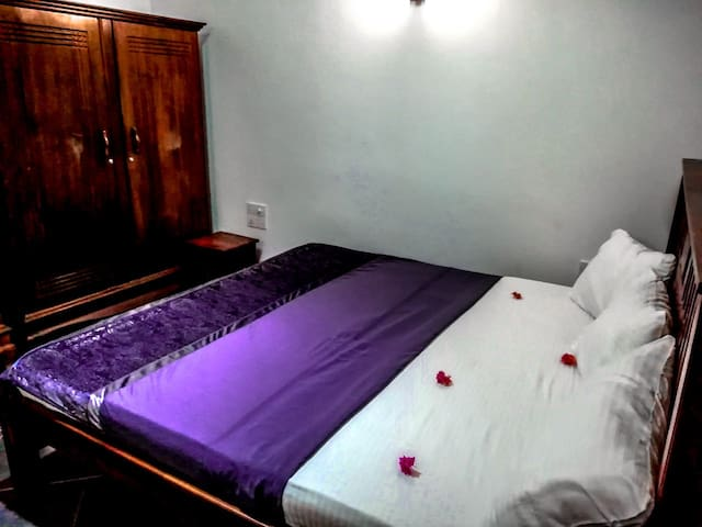 double room in pearl crown homestay