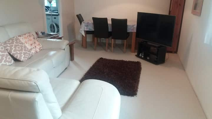 Lovely, cosy room in beautiful, modern apartment!