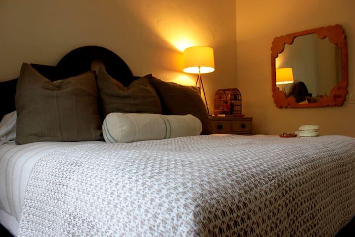 Charming Cornflower Room