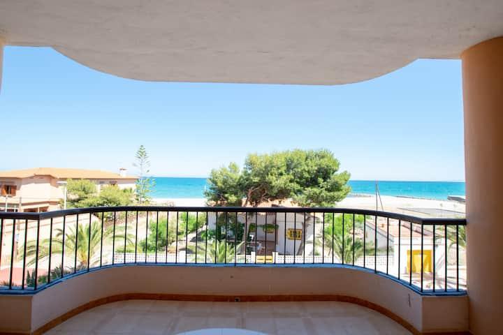 Apartamento en la playa de Moncofa. Primera linea