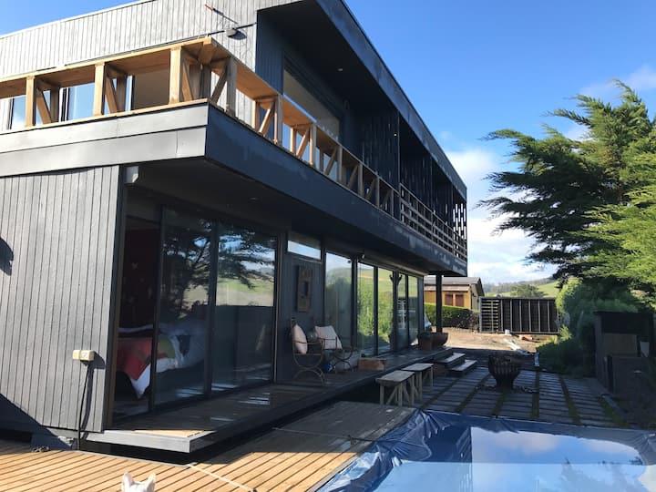 Excelente casa con acceso directo a Playa.