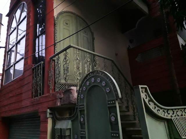 Ganguly's Residence, Ranchi near Plaza