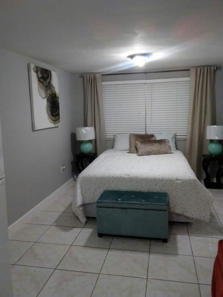 Discounted-central to everything in Orlando