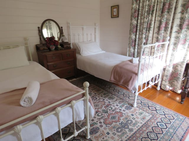 Bedroom 2 with two single beds