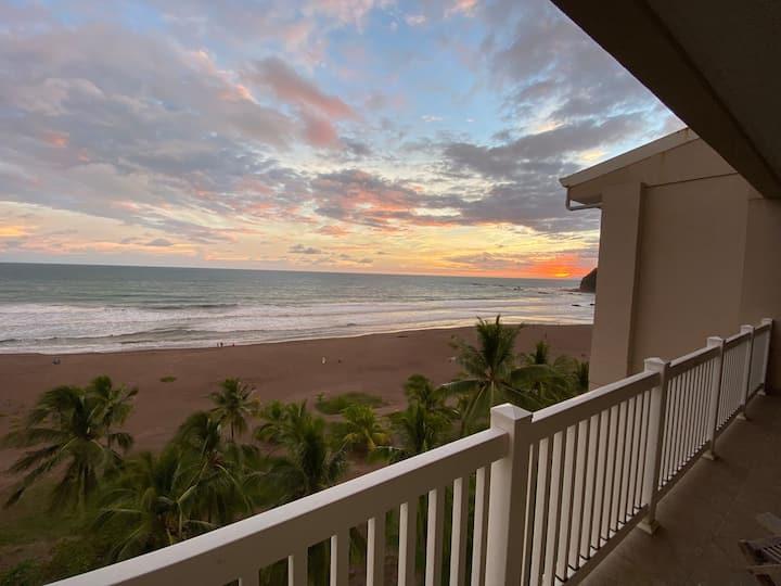 Killer Views & Great Concierge Service @ The Palms