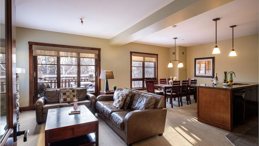Ski In/Ski Out from this Modern Condo with Amenities