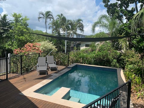 Self Contained GF Unit in Tropical Surrounds
