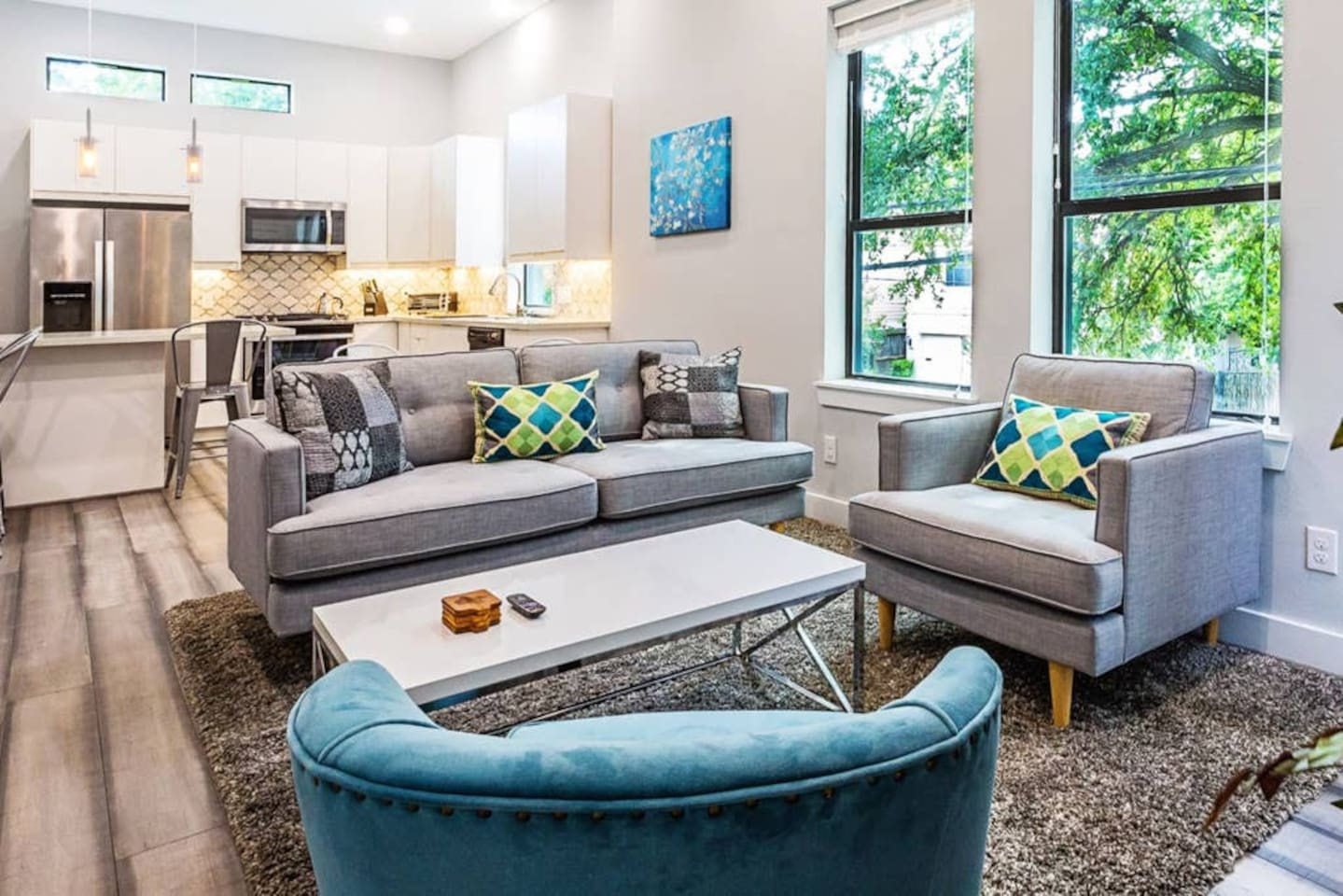 Nice living area to eat and hangout