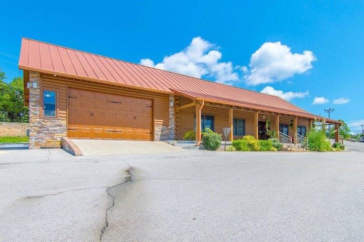 Muscle Rock Inn