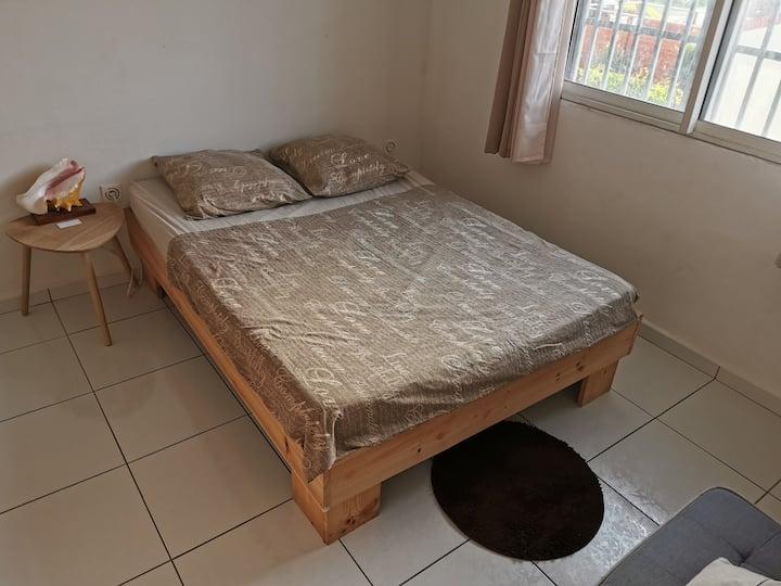 Chambre privée dans maison tout confort