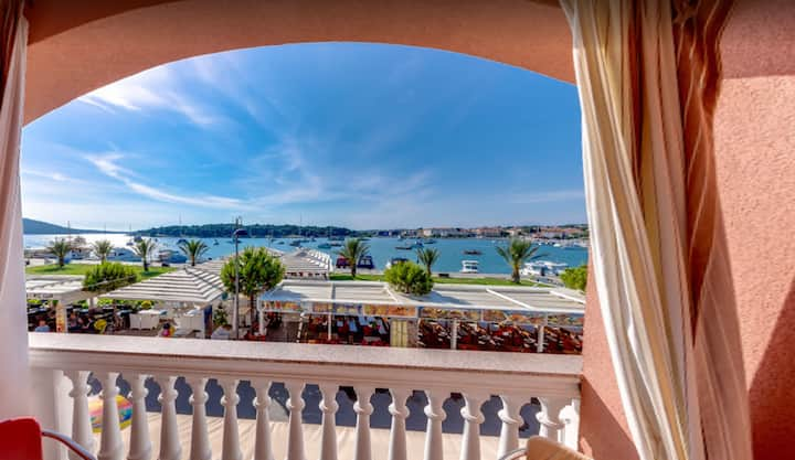 Apartment Belvi with Sea View
