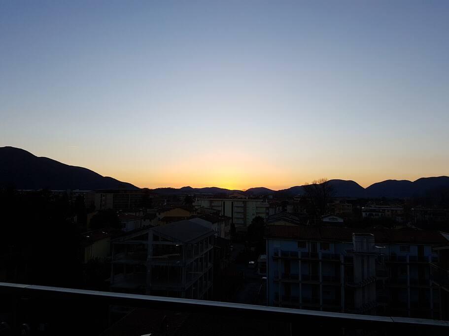 tramonto visto dalla camera