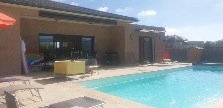 Villa Régina t4 avec piscine