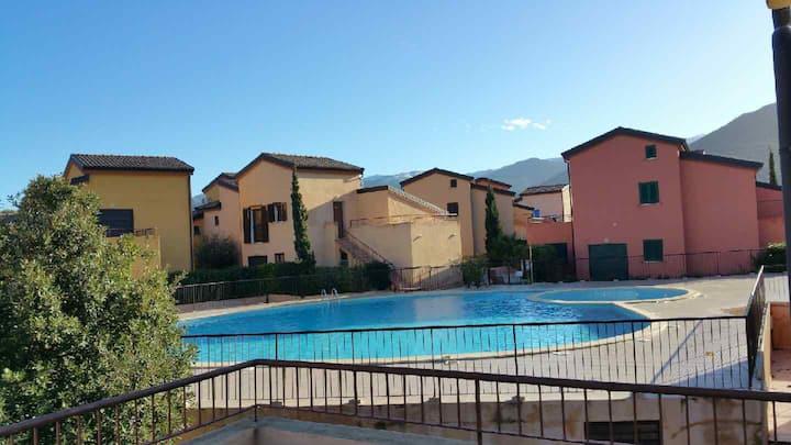 Appt 4-6 pers+clim. terrasse ds résidence+piscine