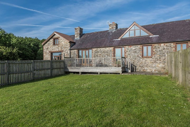 Large converted barn with endless Gower views
