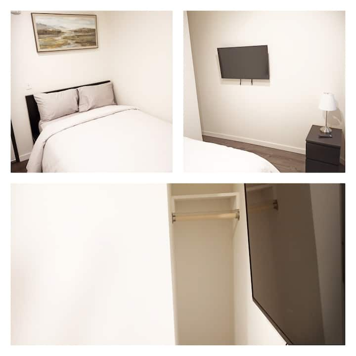 SoMa 9 Residences Room 7 Shared Bath