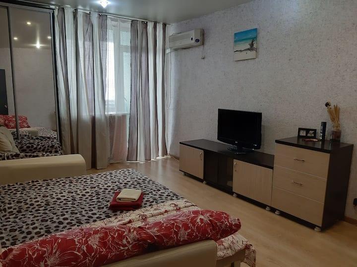 1 комнатная квартира на Краснознаменской 2+1