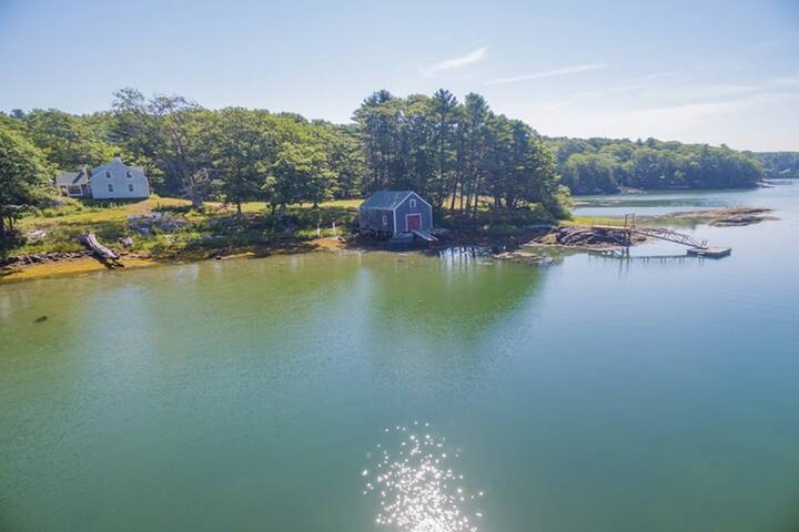 NEW LISTING! Dog-friendly lakeside cottage w/ boathouse & private boat dock!