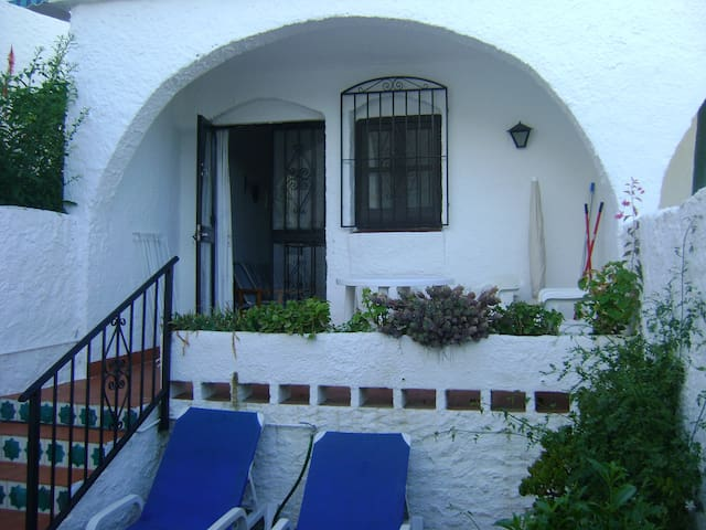 Holiday Home Costa Del Sol, Nerja - Nerja - Apartment