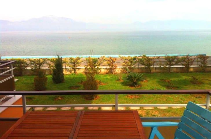 Το σπίτι δίπλα στη Θάλασσα! - Nea Palatia - Departamento