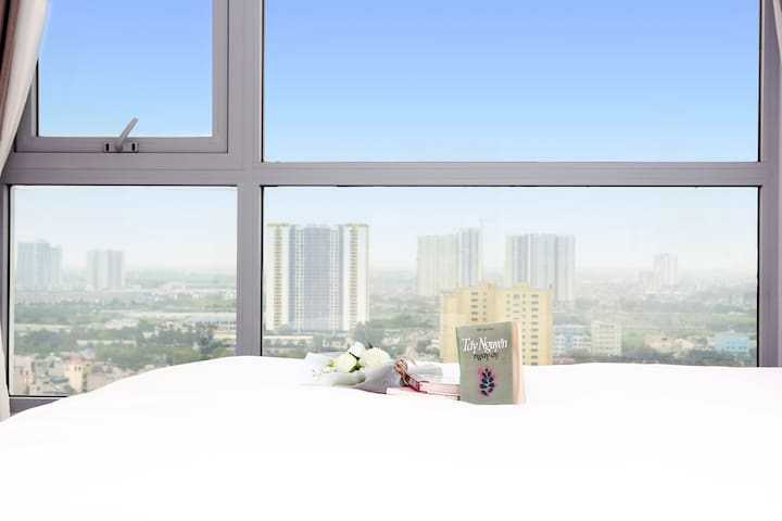 Spacious private room with Panoramic View