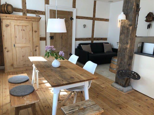 Bauernstüble in ehemaligem  Winzerhof