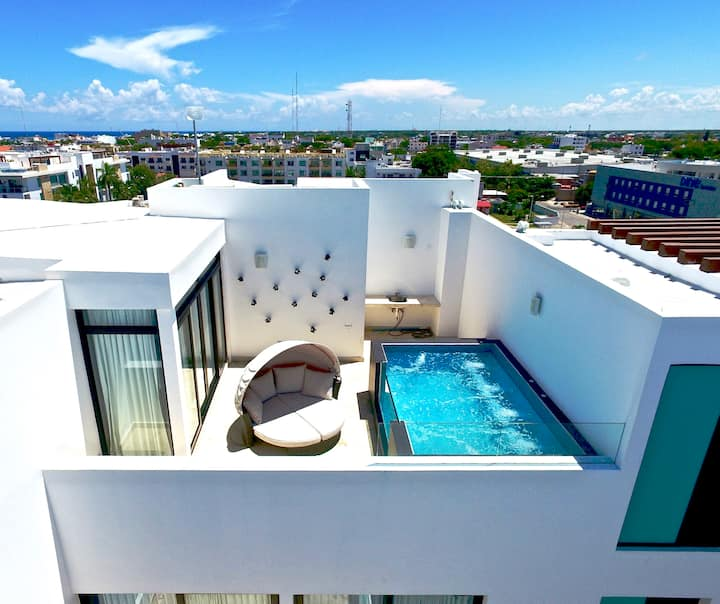 Luxury two floor Penthouse with private pool.