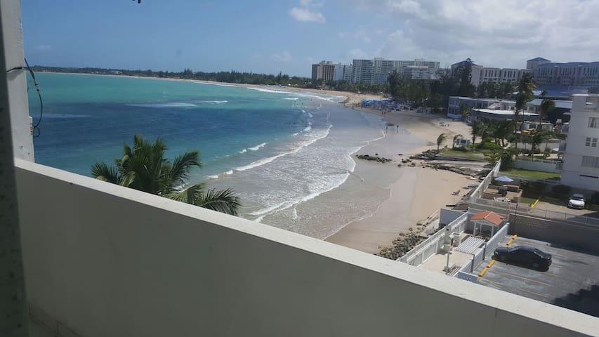 Ocean Front apartment in Isla Verde