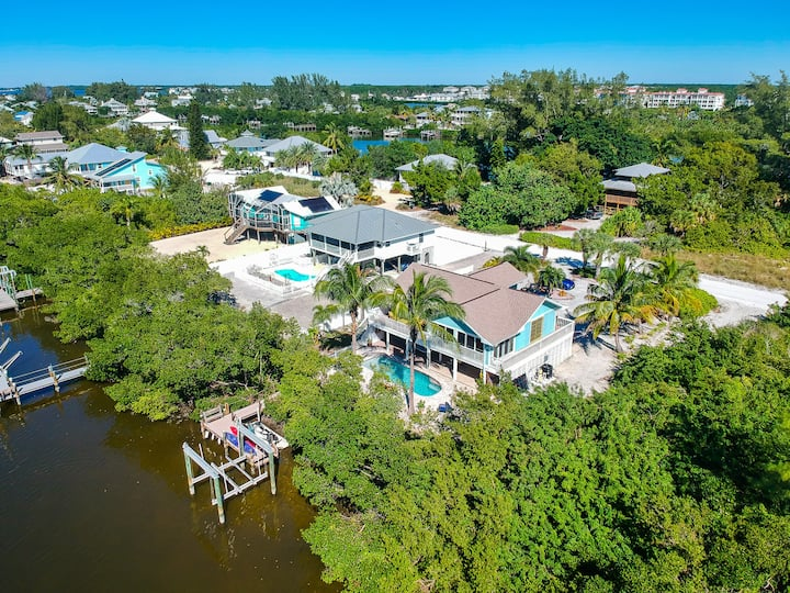 Palm Island Pool Home with Amazing Water Views