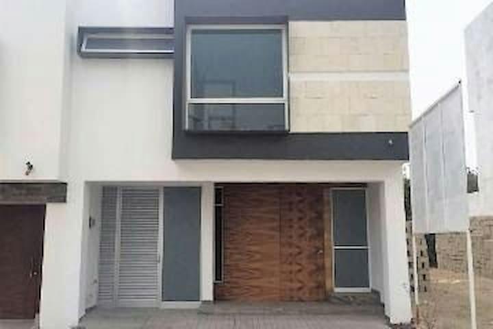 Habitación 1 en exclusivo coto