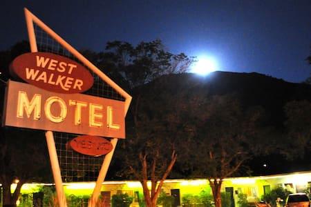 11 The Historic West Walker Motel WWM11