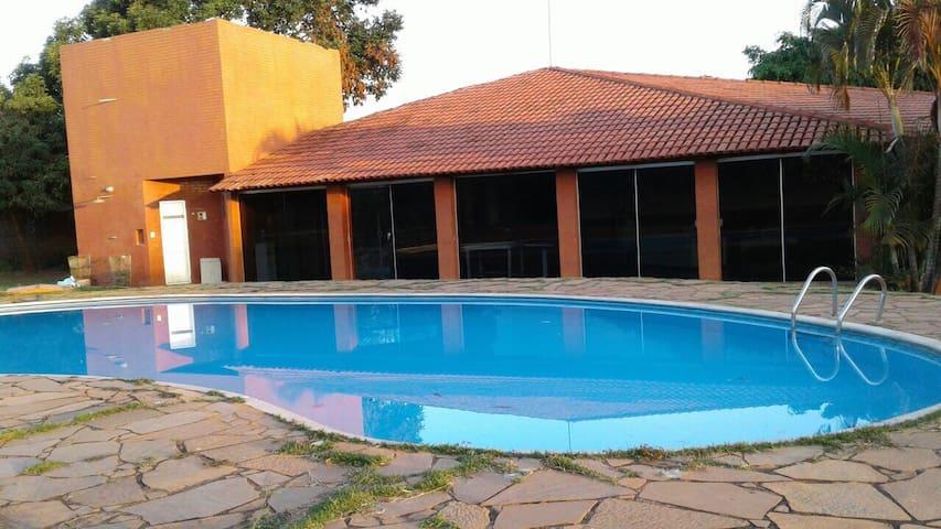 Aprazível chácara no lago oeste - Brasília  - Haus