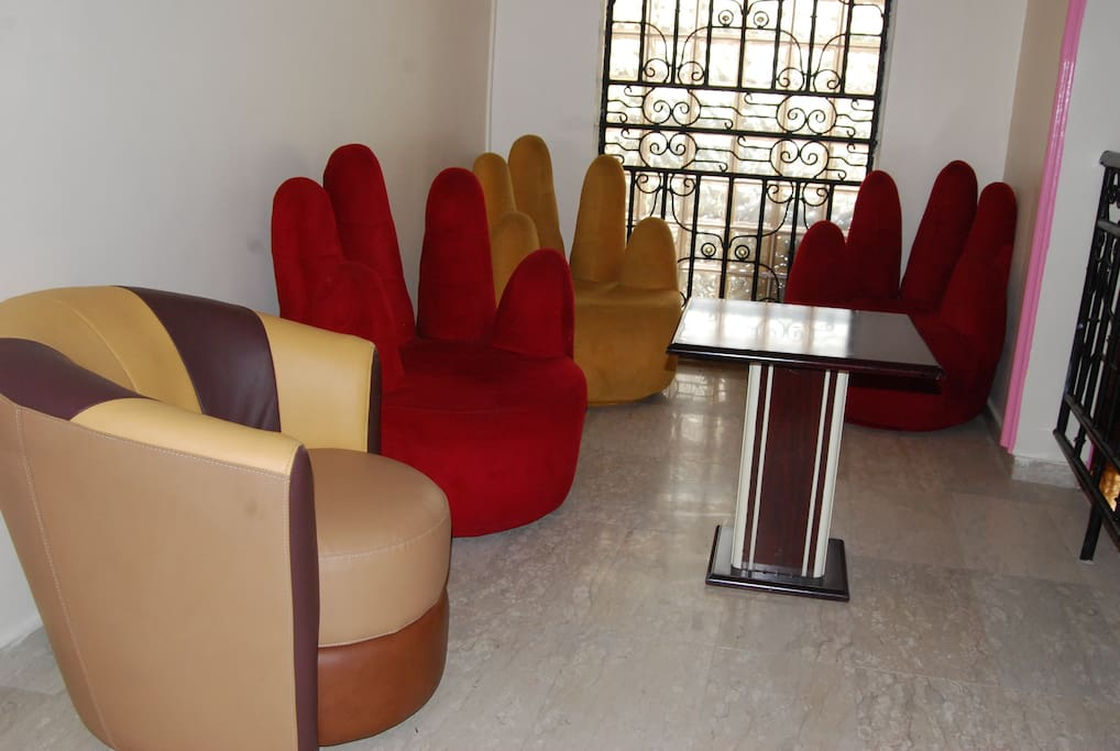 Extended Sitting Area