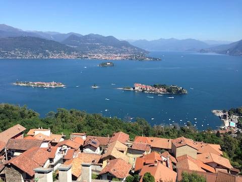 Una finestra 3 a Stresa sul Lago Maggiore :))