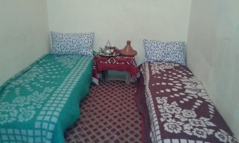 SIMPLE FOR  MODEST PEOPLE - Casablanca - Bed & Breakfast