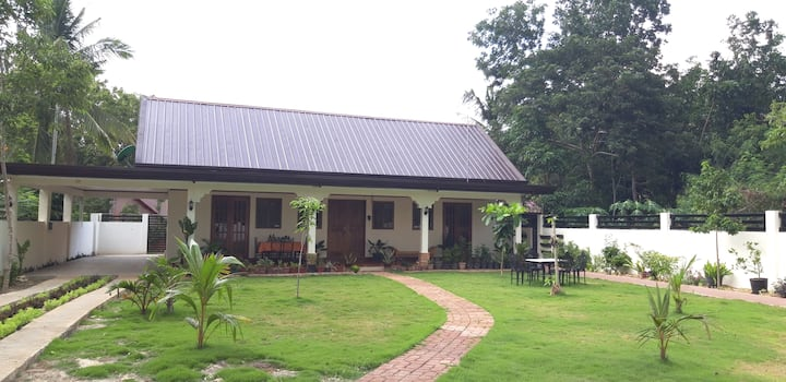 Entire Home Near Tabalong sea with Big Garden